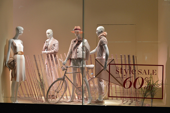 Holt Renfrew shop windows- summer sale