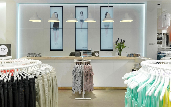 VERO MODA creative retail design by RIIS RETAIL