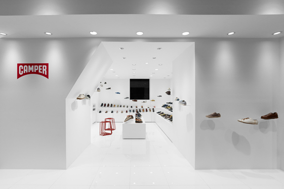Camper store design in Osaka - Nendo Studio