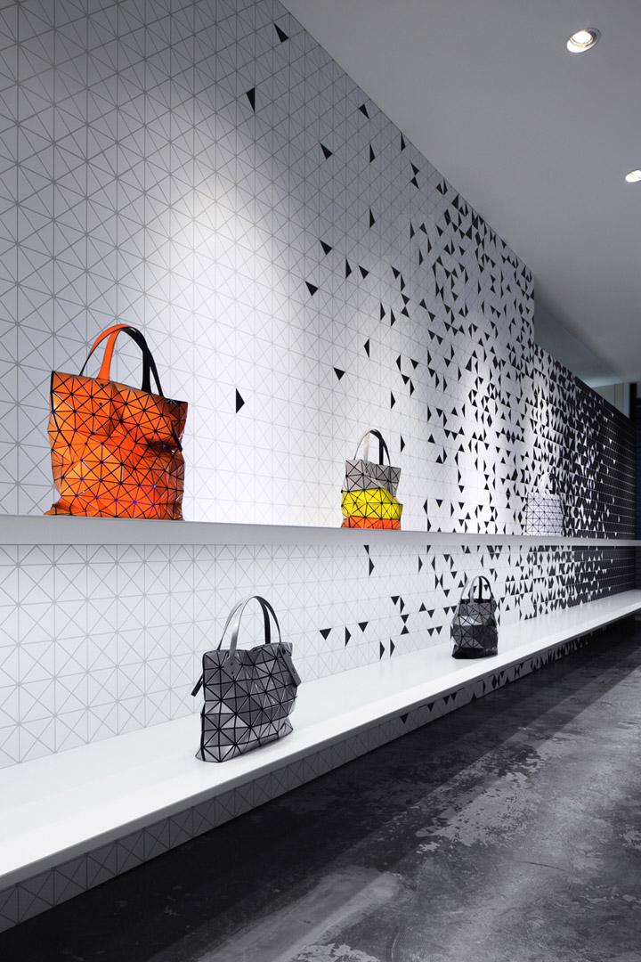 Interactive interior facade at Issey Miyake Shinjuku by Moment Design, Tokyo