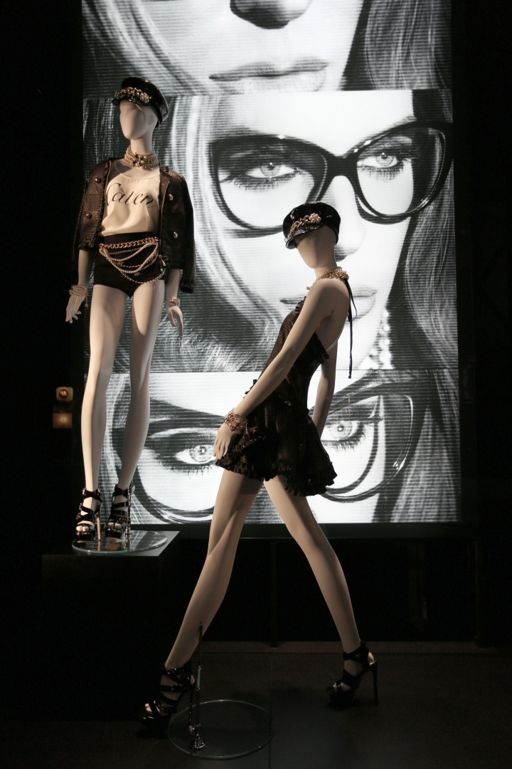 DSQUARED2 windows concept Paris & Milan