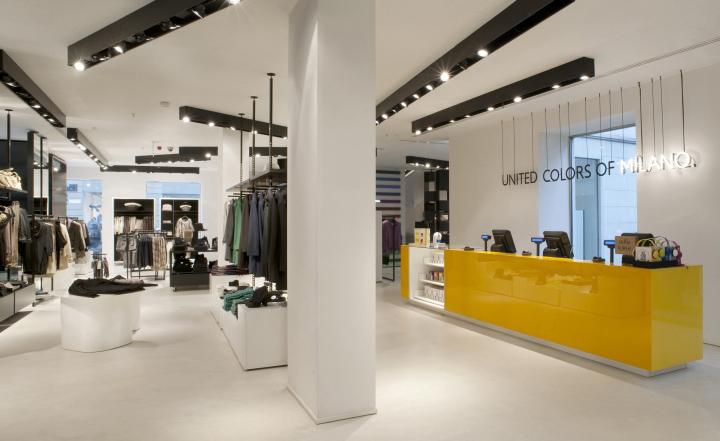 Benetton flagship store by Piero Lissoni, Milan