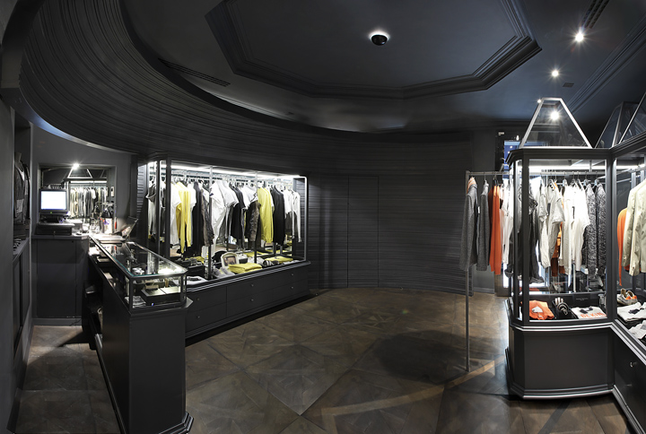 Paolo Pecora flagship store by studioliquido, Milan