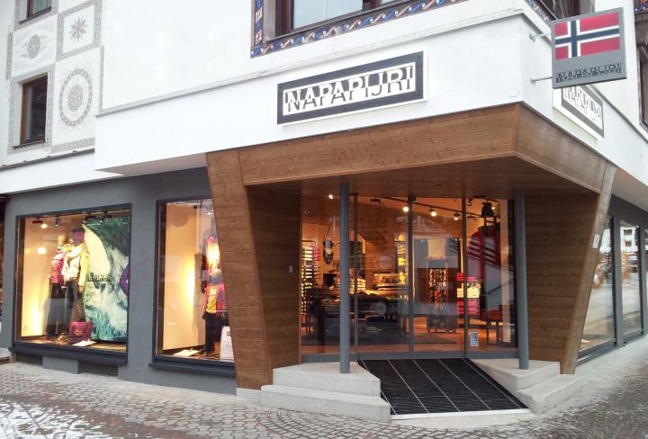 Napapijri new store in Austria