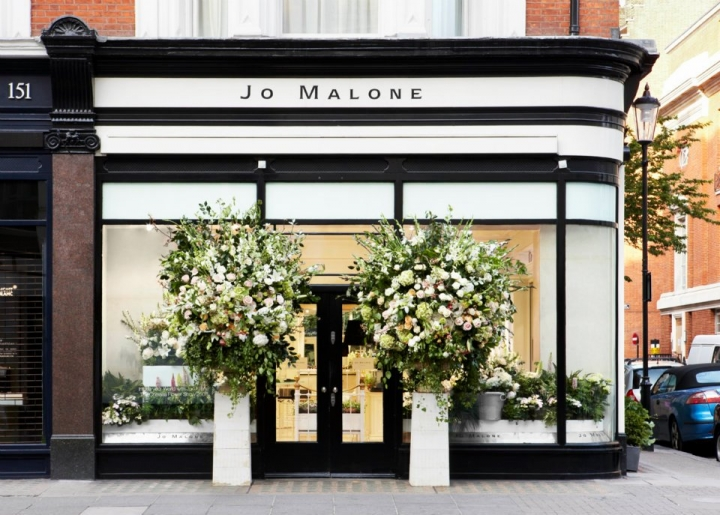 Jo malone windows display