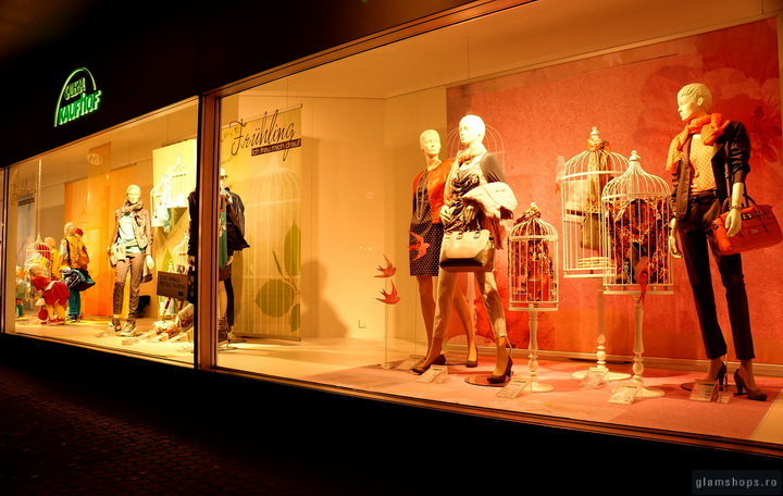Galeria Kaufhof windows display in  Manheim