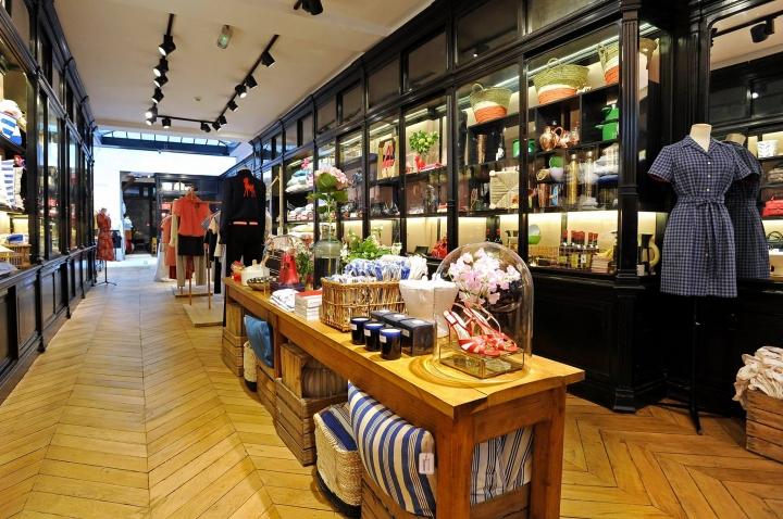 Inès de la Fressange: Flagship-Store in Paris