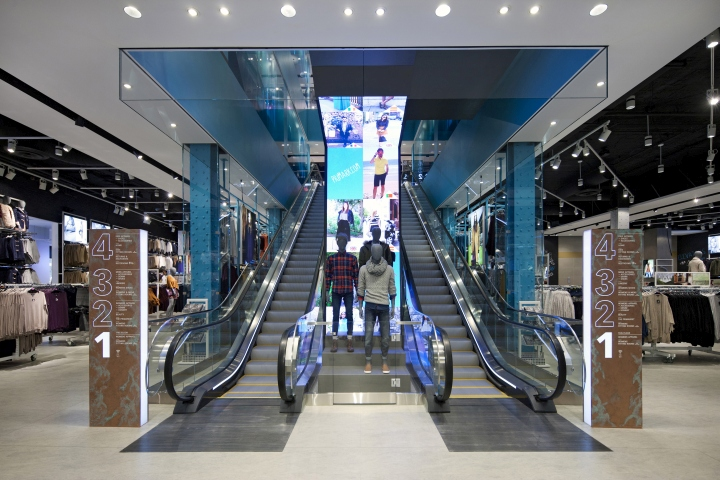 Primark Flagship Store by Dalziel & Pow, Boston