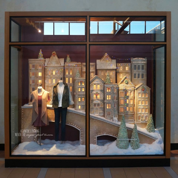 "Anthropologie Holiday 2015 Windows ""Sugared & Spiced"""