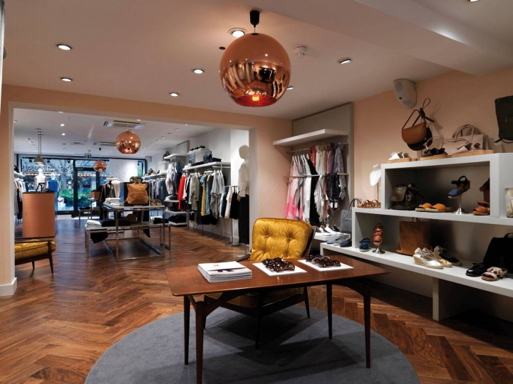 Jigsaw  latest store in Cobham by Barber Design