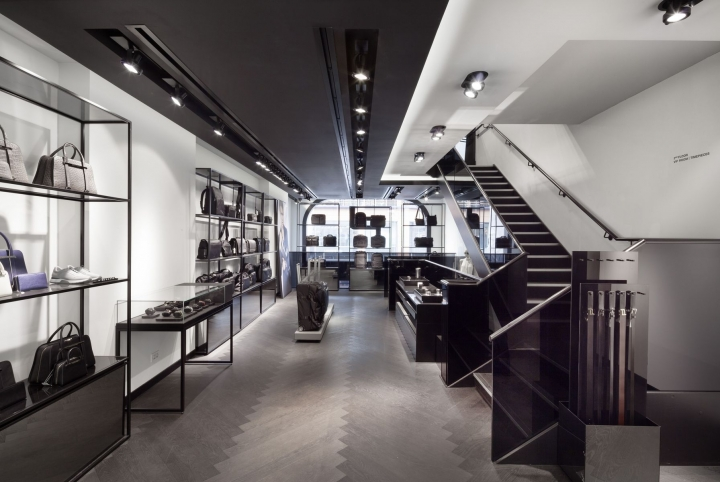 Porsche Design in  Harrods London by plajer & franz studio