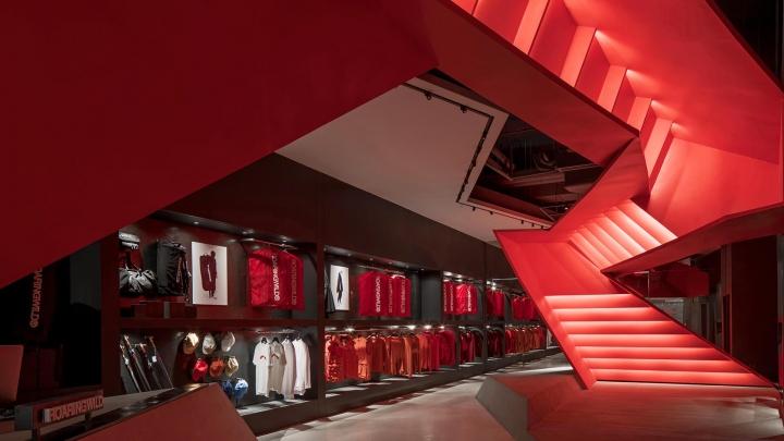 Roaringwild store designed by Domani Architectural Concepts