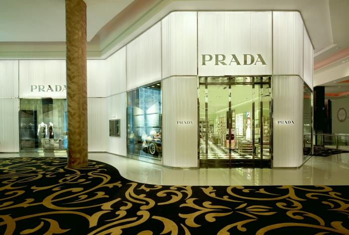 Prada retail design in Casablanca by architect ROBERTO BACIOCCHI