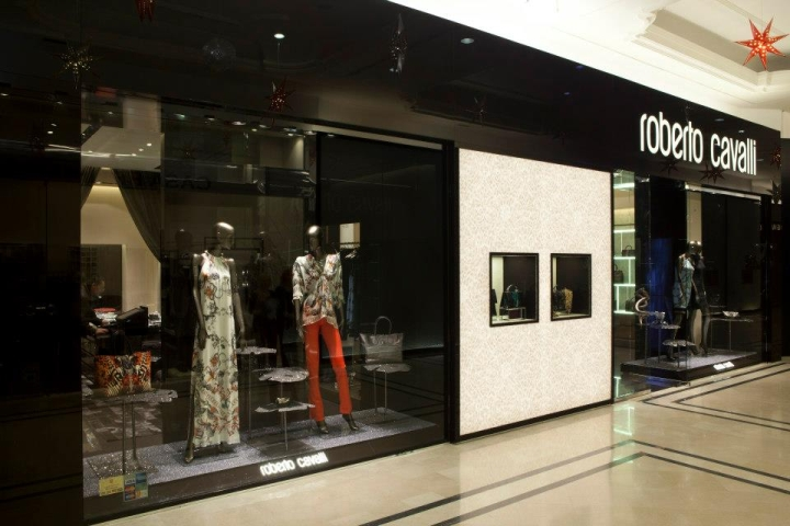 Roberto Cavalli is opening new store in Bucharest